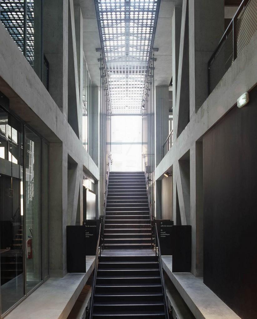patey architectes - médiathèque, salle d'expositions temporaires, centre de culture scientifique, technique et industrielle (CCSTI) et salle de cinéma à cran gevrier – haute savoie