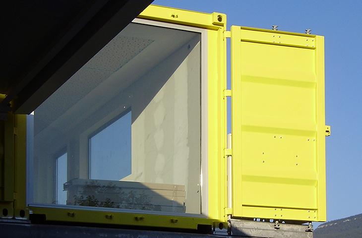 construction de bureaux et réhabilitation d'entrepôts avec extension  en containers maritimes à chambéry – savoie