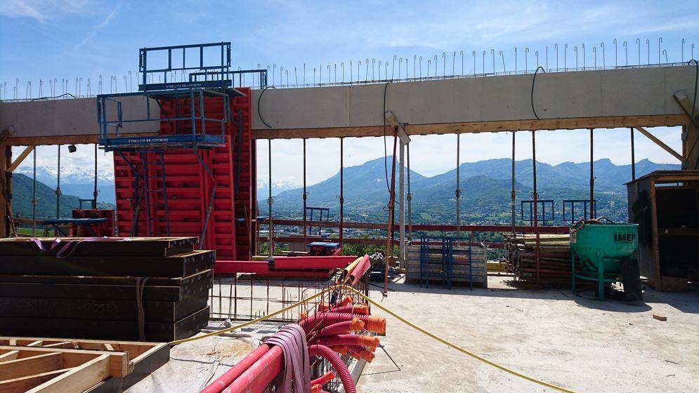 chantier en cours – construction d'une maison individuelle à saint alban leysse – savoie